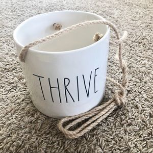 "Rae Dunn artisan collection ""thrive"" planter"